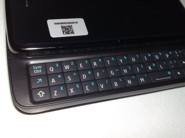 QWERTY keypad on the N900